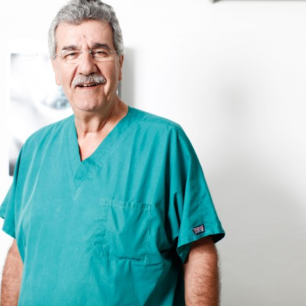 Dr. Demetrios Papapetrou