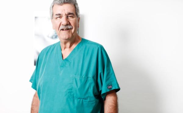 Δρ. Δημήτριος Παπαπέτρου
